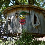 Funny face treehouse