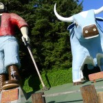 Giant Paul Bunyan and Babe
